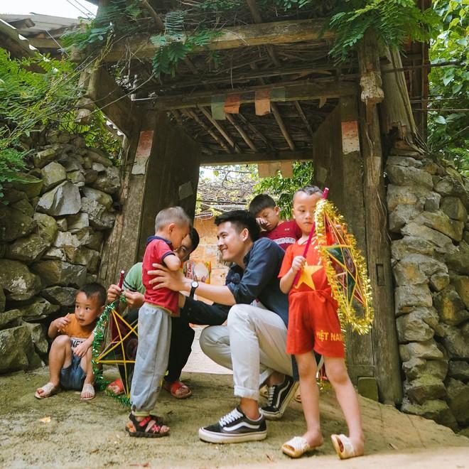 Chan La Cà - Nghe travel blogger trải nghiệm dưới tán cây xanh và hành trình về những câu chuyện đẹp đẽ - ảnh 11