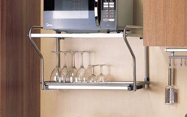 Mách bạn cách lựa chọn giá kệ lò vi sóng hợp lý cho nhà bếp có không gian nhỏ