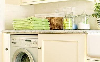 Nhà có máy giặt thì phải biết tất tần tật các mẹo giặt quần áo này