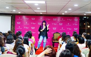 """""""Tiết lộ"""" 4 khách mời đặc biệt sẽ khiến """"Ngày thứ 8 của mẹ"""" ở Sài Gòn hấp dẫn từng phút giây"""