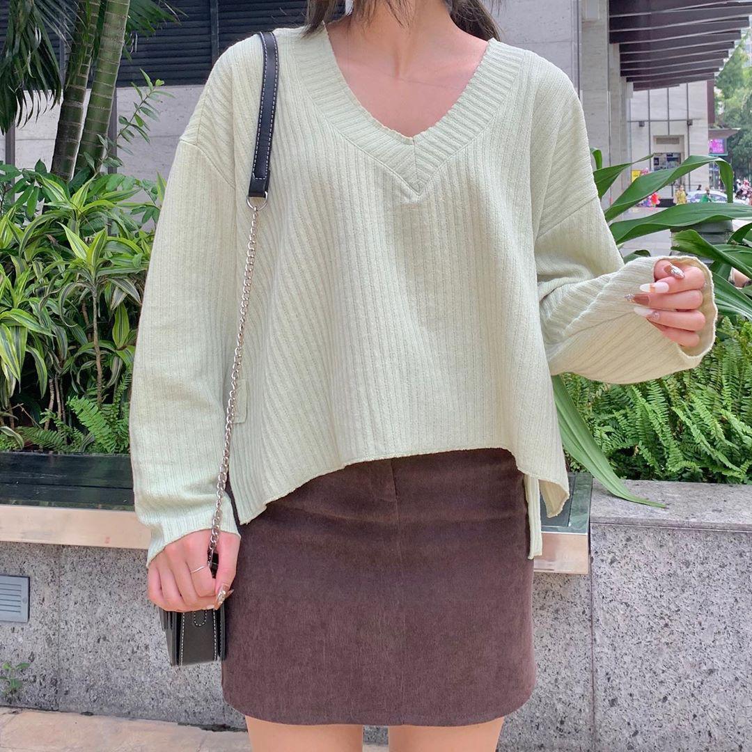Song Hye Kyo diện áo len Zara mà sang nức nở, sắm về 1 em tương tự là bạn có style Thu chuẩn đẹp - Ảnh 8.