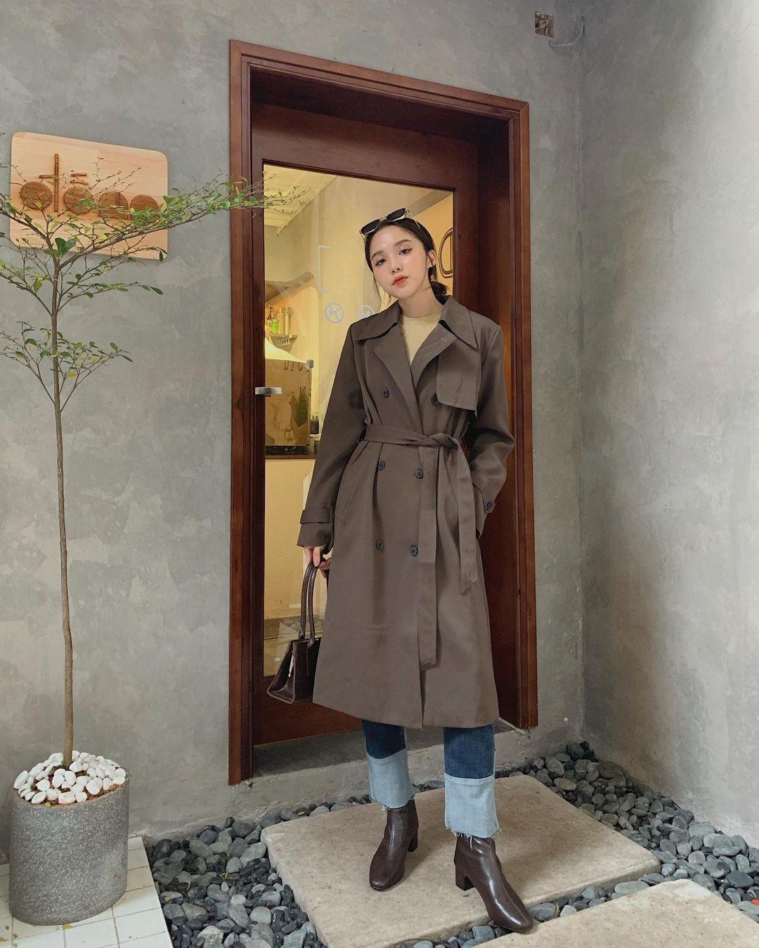Sắm trench coat lúc này là đúng đắn nhất, lên đồ đơn giản cỡ nào cũng sang chảnh hay ho như gái Hàn - Ảnh 5.