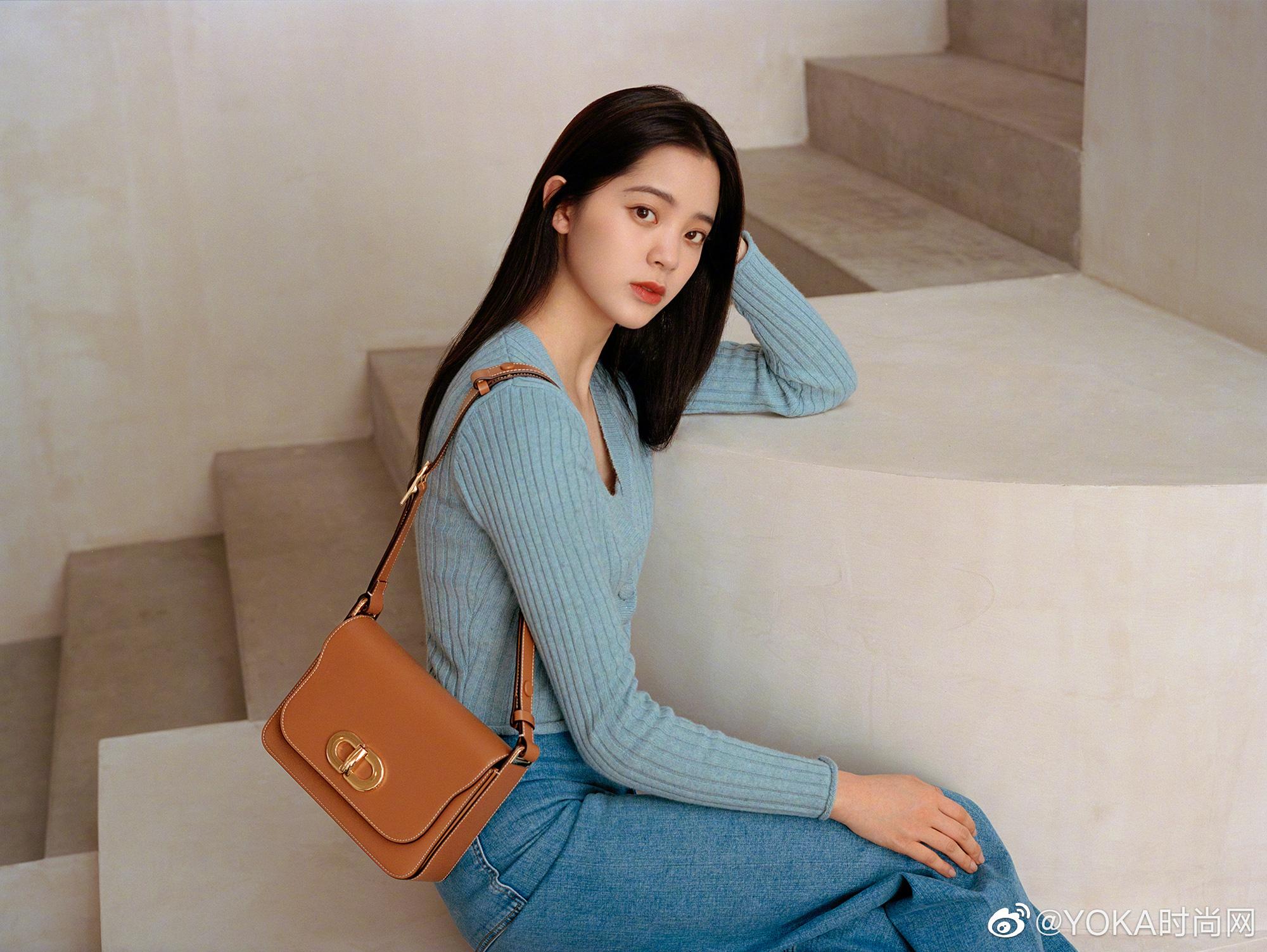 Hóng đồ Zara, H&M, Uniqlo được sao Hoa Hàn diện đợt này, biết ngay đâu là items đáng sắm nhất - Ảnh 2.