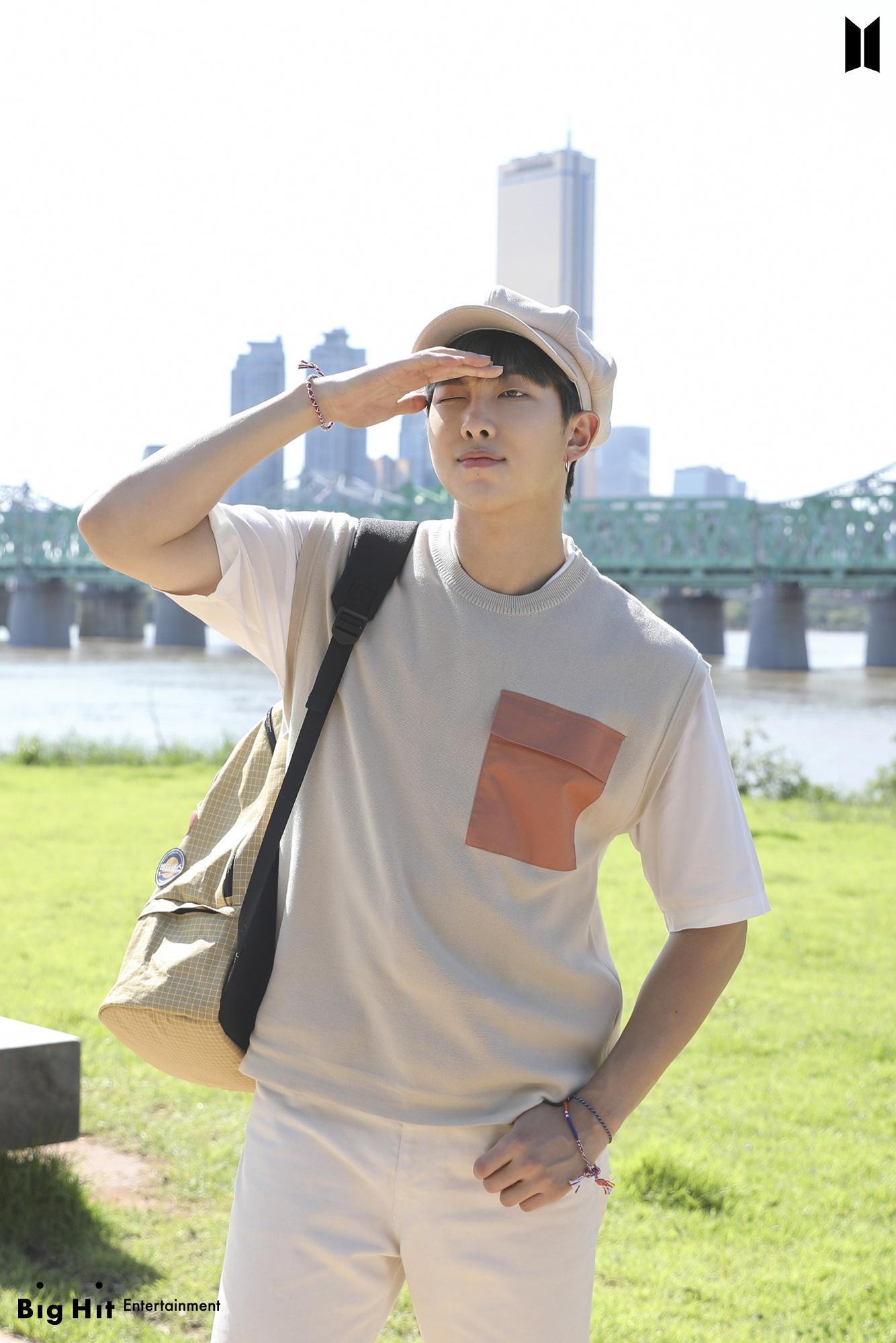 Đồ Zara, H&M sao Hàn sắm đợt này: Tân binh nhà SM diện đồ rẻ mà sang như hàng hiệu - Ảnh 8.