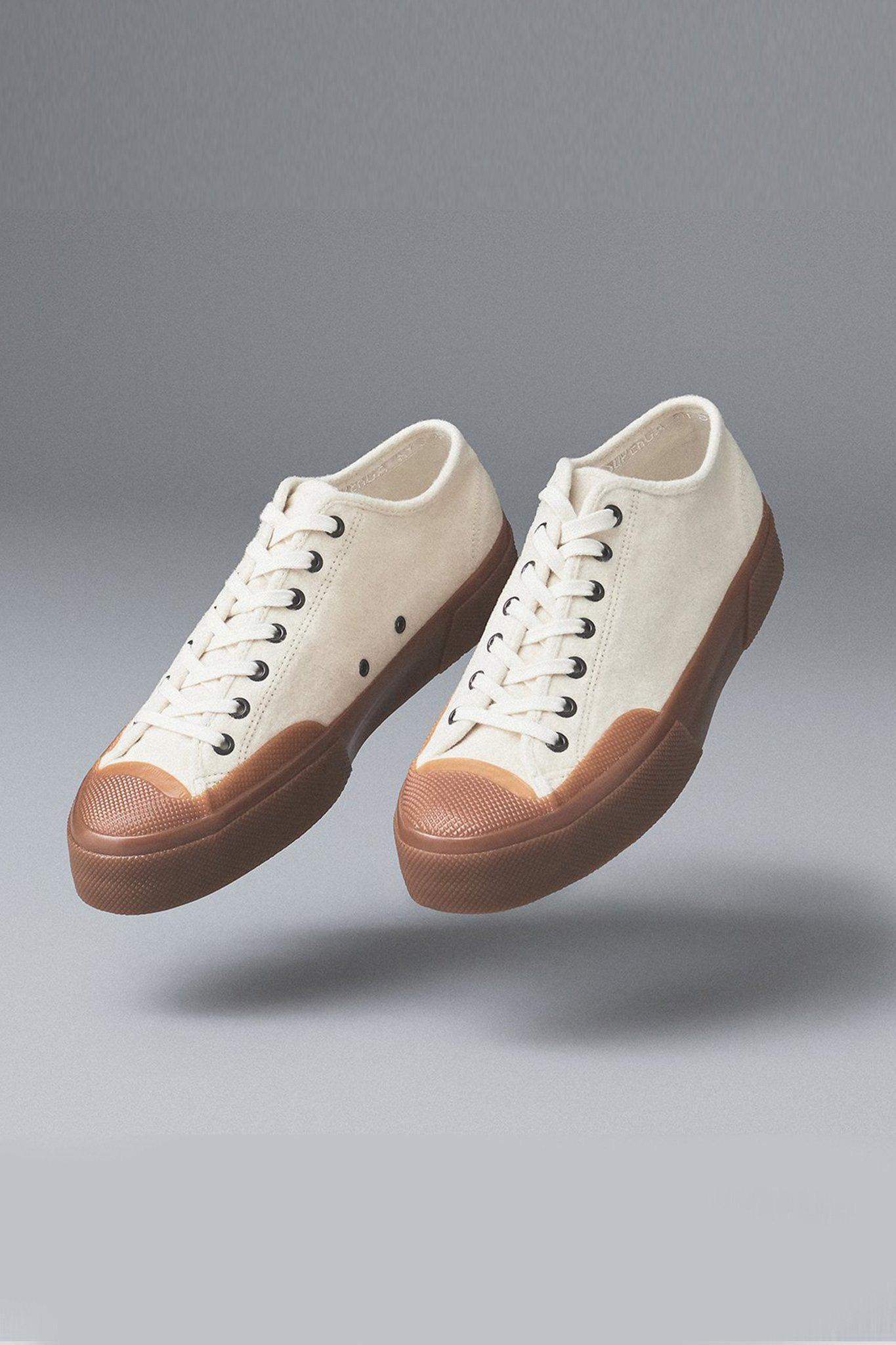 Hot nhất lúc này là sneaker đế cao su, chi từ 1 triệu là bạn đu được trend - Ảnh 7.