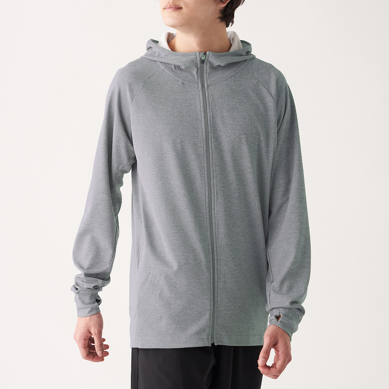Tôi đã vào store MUJI trước ngày khai trương và muốn mách cho bạn loạt quần áo dưới 500k đáng sắm nhất - Ảnh 7.