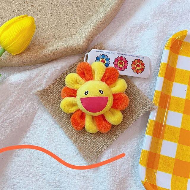 Bắt chước Jisoo, Lisa sắm móc khóa thú bông treo túi siêu cute - Ảnh 10.