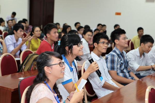 Sinh viên USTH tổ chức ngày hội không gian 6