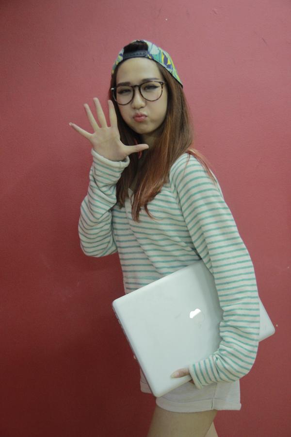 Đột nhập phòng tập ngắm Min (St.319) học tiếng Hàn siêu cute 3