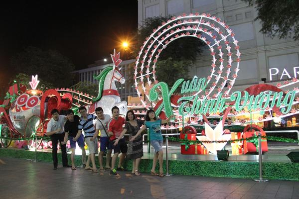 Cây Thịnh Vượng Sài Gòn thu hút sự tham gia của nhiều hot Facebooker 6