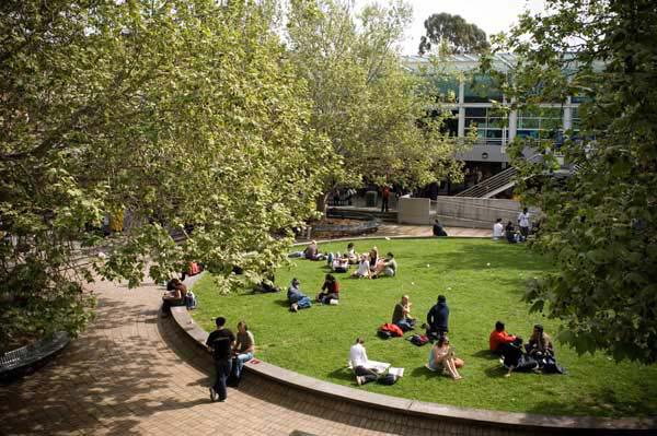 Học tại Đại học LA TROBE, AUSTRALIA – Top 100 đại học hàng đầu thế giới 1
