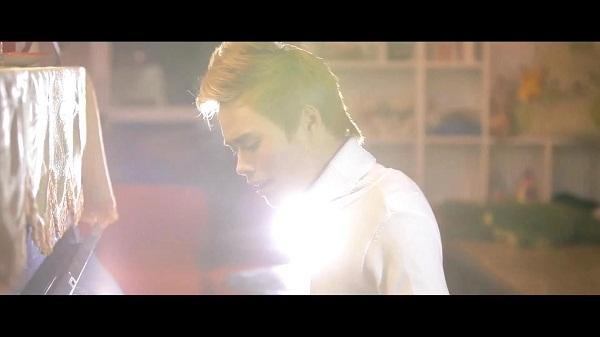 """Hình ảnh mới trong MV """"Bài Hát Tặng Em"""" của Anbi Anh Tuấn 10"""