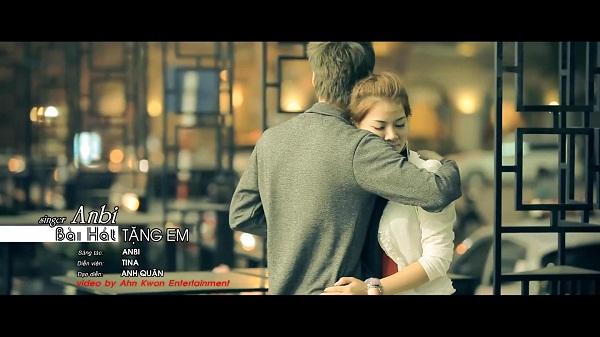 """Hình ảnh mới trong MV """"Bài Hát Tặng Em"""" của Anbi Anh Tuấn 13"""