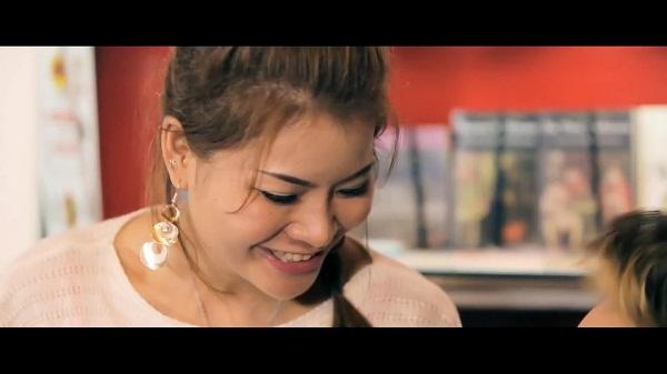 """Hình ảnh mới trong MV """"Bài Hát Tặng Em"""" của Anbi Anh Tuấn 3"""