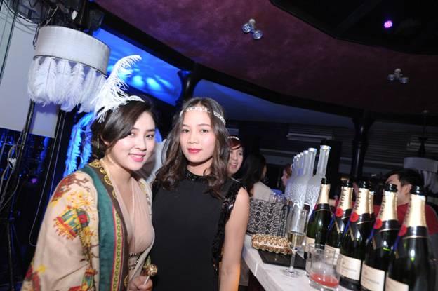 Ngắm những chiếc váy flapper thập niên 20 trong Gatsby Party 14
