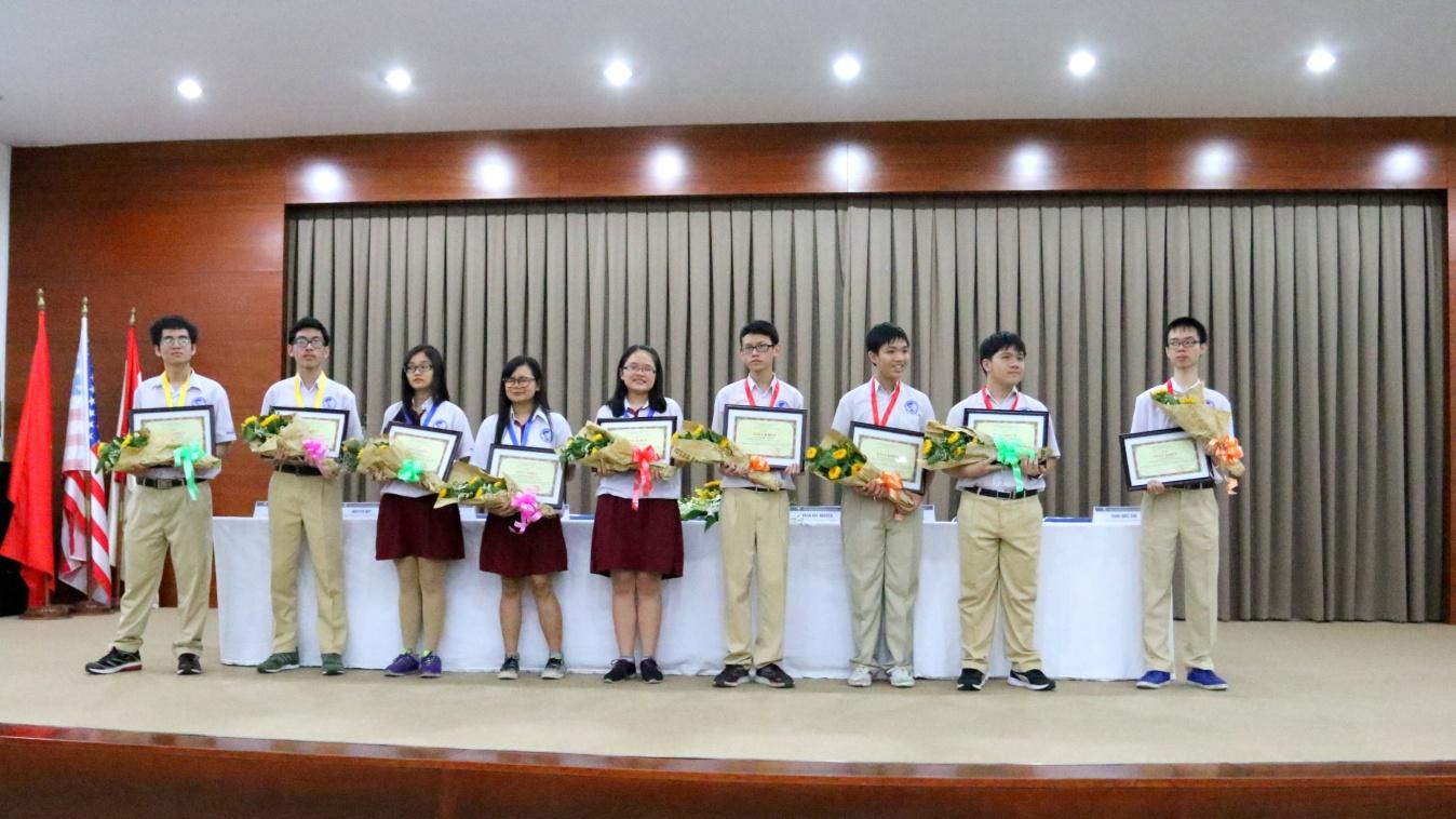 Học sinh Quốc tế Á Châu đạt thành tích cao trong Kỳ thi Olympic - Ảnh 1.