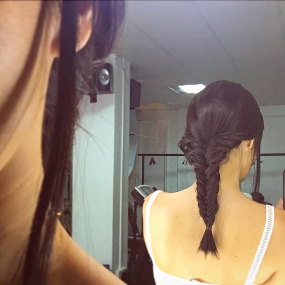 """Helly Tống và Minh Tú cũng """"phát cuồng"""" vì kiểu tóc Tết Phá Cách - Ảnh 7."""