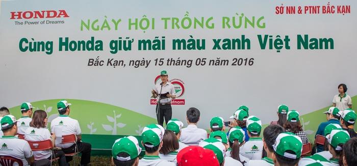 Hàng trăm bạn trẻ hào hứng cùng Honda phủ xanh rừng - Ảnh 2.