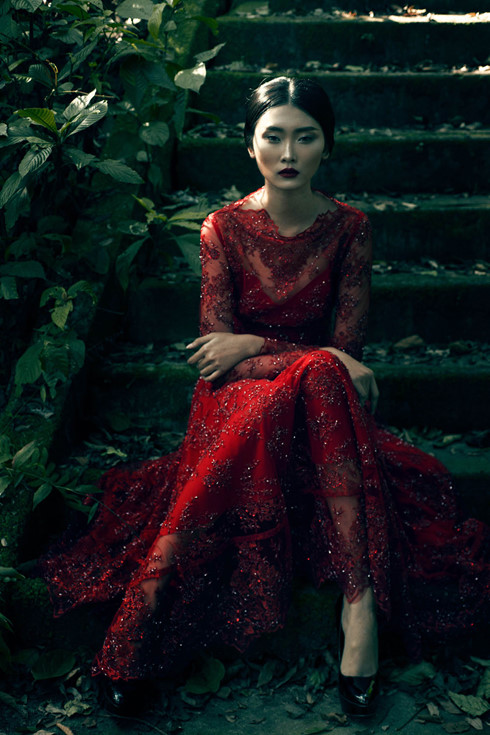 Siêu mẫu Kim Nhung lột xác với làn da trắng nõn - Ảnh 1.