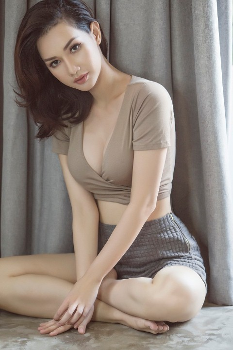 MC Quỳnh Chi: Nếu bị mặt nạ cầm tù, hãy tìm cách… thoát ra - Ảnh 2.