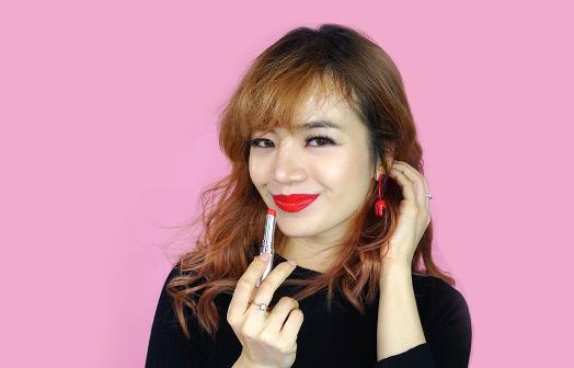 Tết đa phong cách cùng nàng beauty blogger Emmi Hoàng – Happy Skin - Ảnh 2.