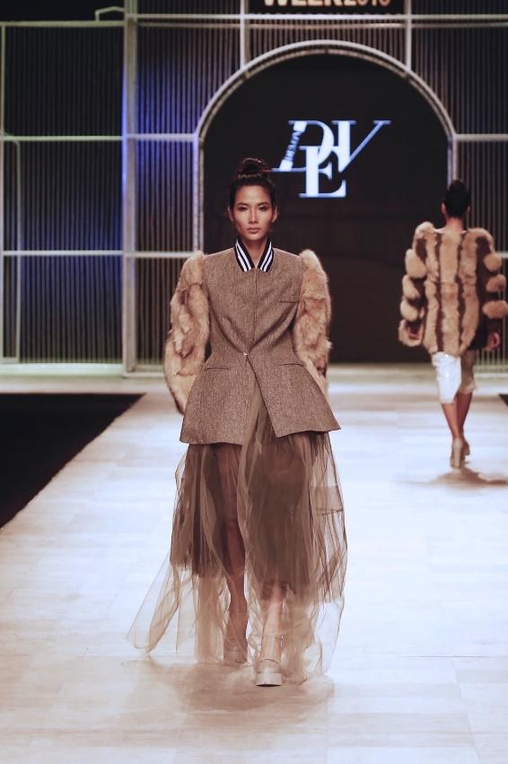 Ngọc Châu, Hoàng Thùy nổi bật với thiết kế lấy cảm hứng từ danh họa Picasso - Ảnh 3.