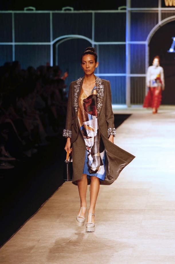 Ngọc Châu, Hoàng Thùy nổi bật với thiết kế lấy cảm hứng từ danh họa Picasso - Ảnh 12.