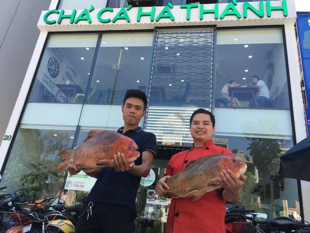 """3 """"điểm trừ"""" khiến nhà hàng Chả cá Hà Thành mất khách - Ảnh 9."""