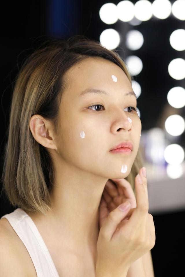 Không thể không ghen tị với làn da của Phí Phương Anh (The Face) - Ảnh 4.