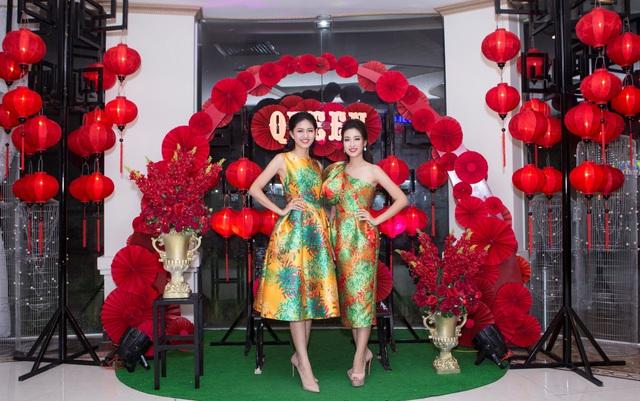 Hoa hậu Đỗ Mỹ Linh đẹp rạng ngời tham dự đêm tiệc tại Queen Plaza - Ảnh 3.
