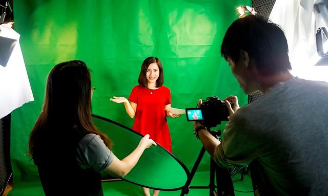 Cô gái với ước mơ dạy tiếng Anh miễn phí cho 1 triệu người Việt - Ảnh 3.