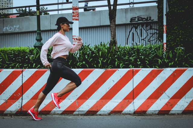 Bận đến mấy cũng đừng quên chạy bộ nếu muốn khỏe đẹp mỗi ngày - Ảnh 2.