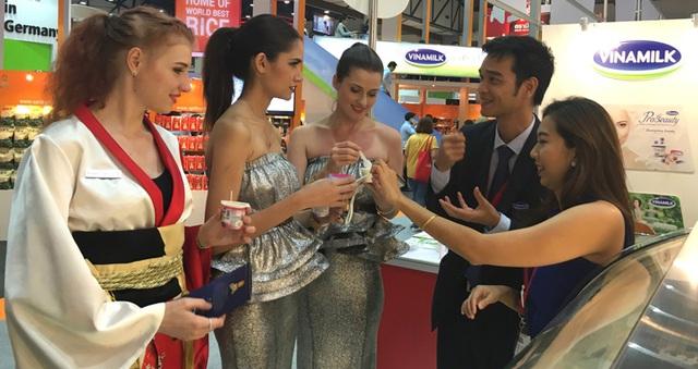 Vinamilk - Doanh nghiệp đầu tiên của Việt Nam được phép tự chứng nhận xuất xứ hàng hóa trong ASEAN - Ảnh 5.