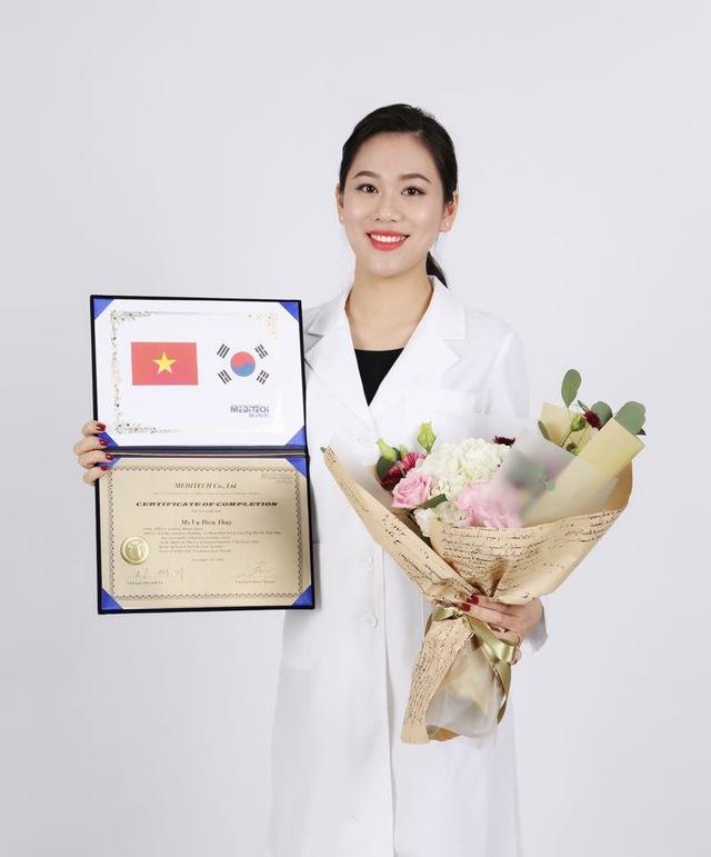 Từ hoa khôi trở thành nữ doanh nhân nhận bằng khen của Chủ tịch nước - Ảnh 3.
