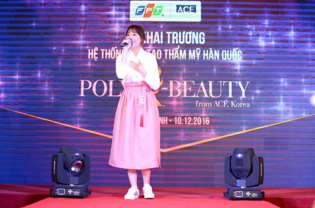 Hari Won rạng ngờidựkhai trương Hệ thống đào tạo thẩm mỹ Hàn Quốc Poly K-Beauty - Ảnh 1.