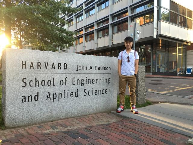 Khám phá Harvard cùng Đỗ Hoàng Bách - Ảnh 1.