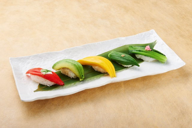 Chiyoda Sushi Restaurant: Nước Nhật thu nhỏ giữa lòng thành phố - Ảnh 17.