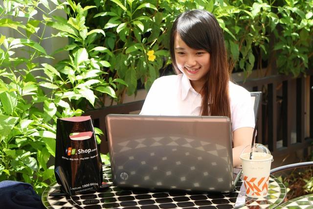 Mua laptop giá chỉ từ 4,9 triệu đồng, thêm cơ hội trúng vàng 9999 tại FPT Shop - Ảnh 3.