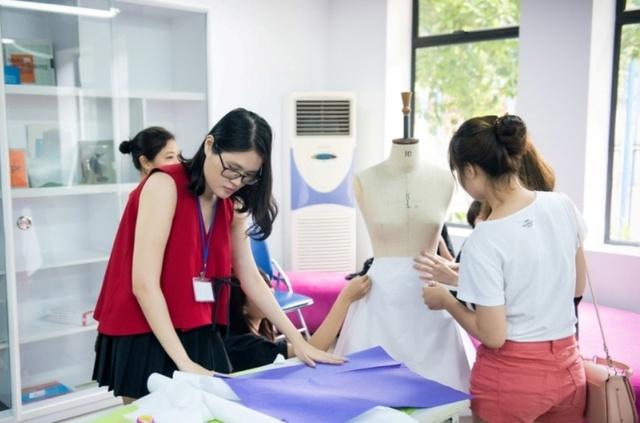 Chinh phục học bổng lên tới 280 triệu đồng từ Học viện thiết kế và thời trang London, bạn dám thử? - Ảnh 7.