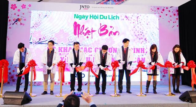 """Giới trẻ thích thú với """"ngày hội du lịch Nhật Bản"""" ngay tại Việt Nam - Ảnh 1."""