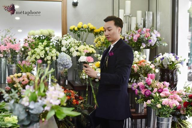 Bí quyết chọn hoa đốn tim nàng của MC Thành Trung - Ảnh 1.