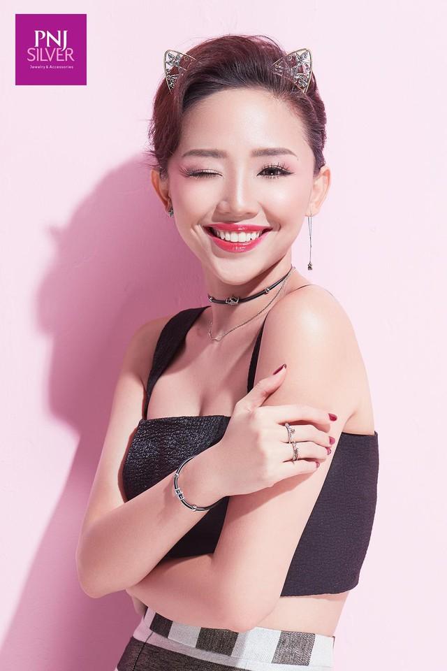 Ngắm Tóc Tiên hoá công chúa cùng BST mới của PNJSilver - Ảnh 2.