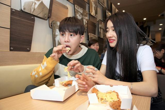 KFC tung món ăn độc đáo lần đầu tiên xuất hiện tại Việt Nam - Ảnh 11.