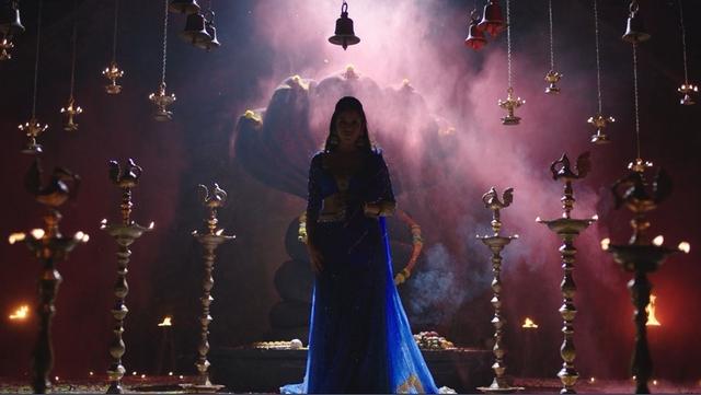 Bộ phim Thần rắn báo thù của Ấn Độ hứa hẹn gây sốt màn ảnh nhỏ - Ảnh 2.