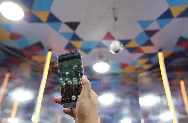 Cùng Samsung trải nghiệm trượt tuyết giữa không gian ảo đầu tiên tại Việt Nam - Ảnh 4.