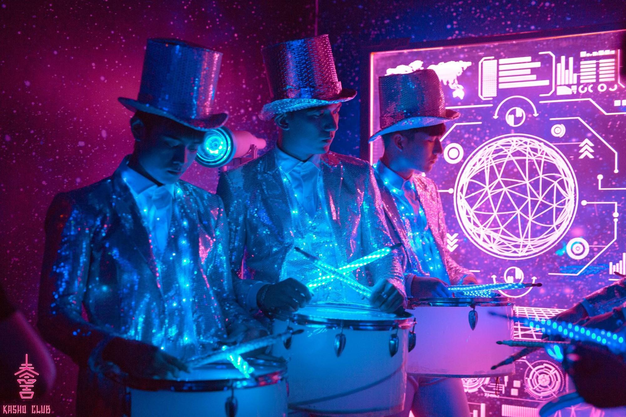 """Hồ Ngọc Hà, Tóc Tiên cùng dàn DJ """"khủng"""" đốt cháy sân khấu tại The Observatory Party - Ảnh 1."""
