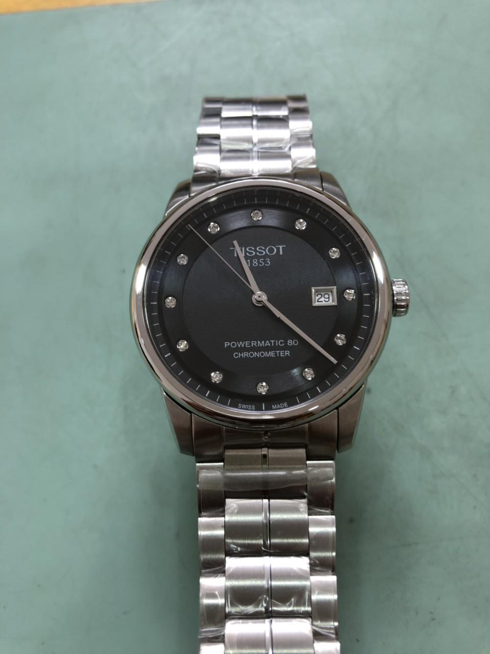 """Thẩm định đồng hồ ở Hà Nội: """"Lật mặt"""" đồng hồ giả siêu tinh vi, giống thật 99% - Ảnh 2."""