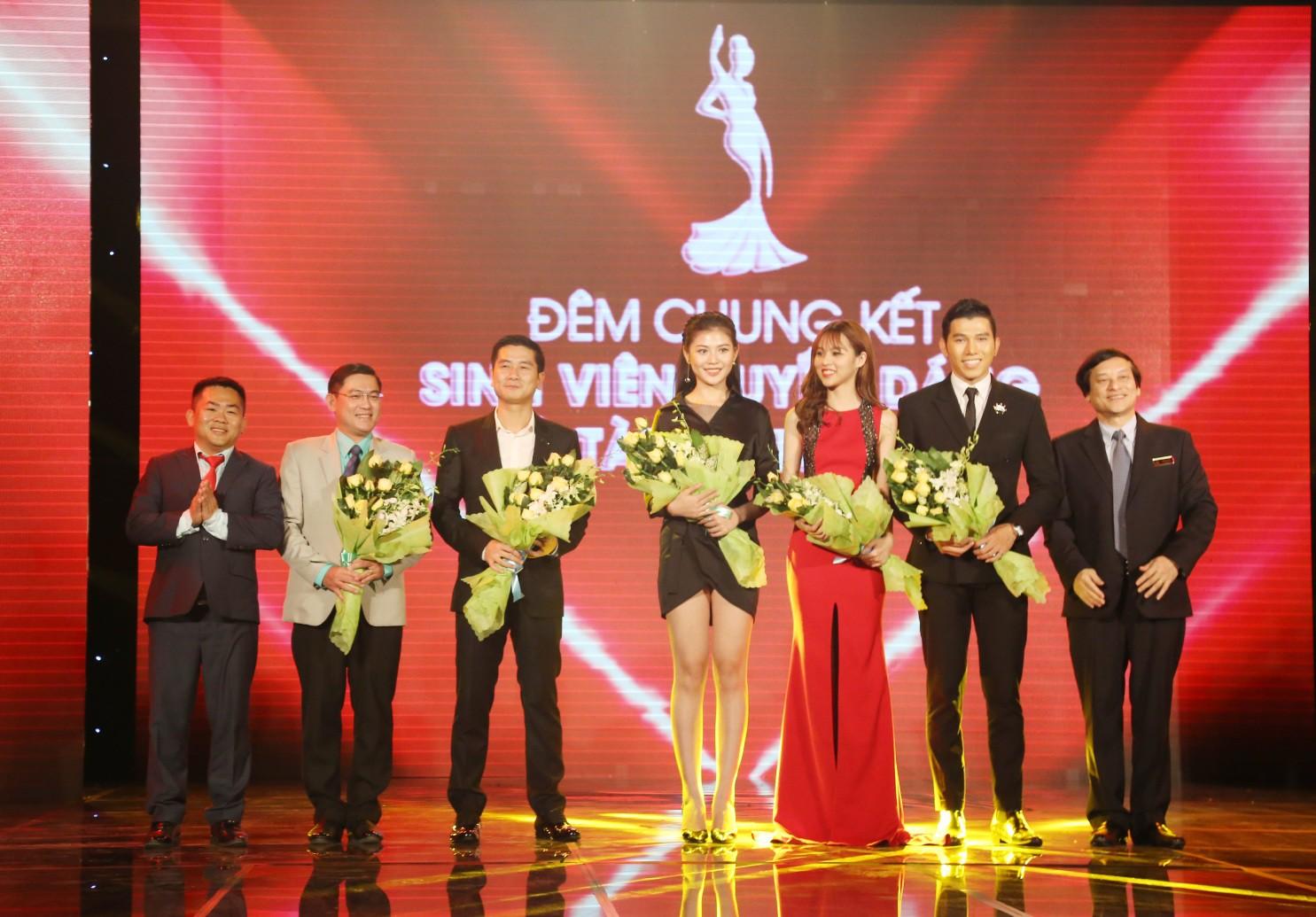 Ông bầu của các hoa hậu – NTK Nguyễn Việt Hùng là gương mặt đồng hành với cuộc thi Miss UEF 2019 - Ảnh 1.