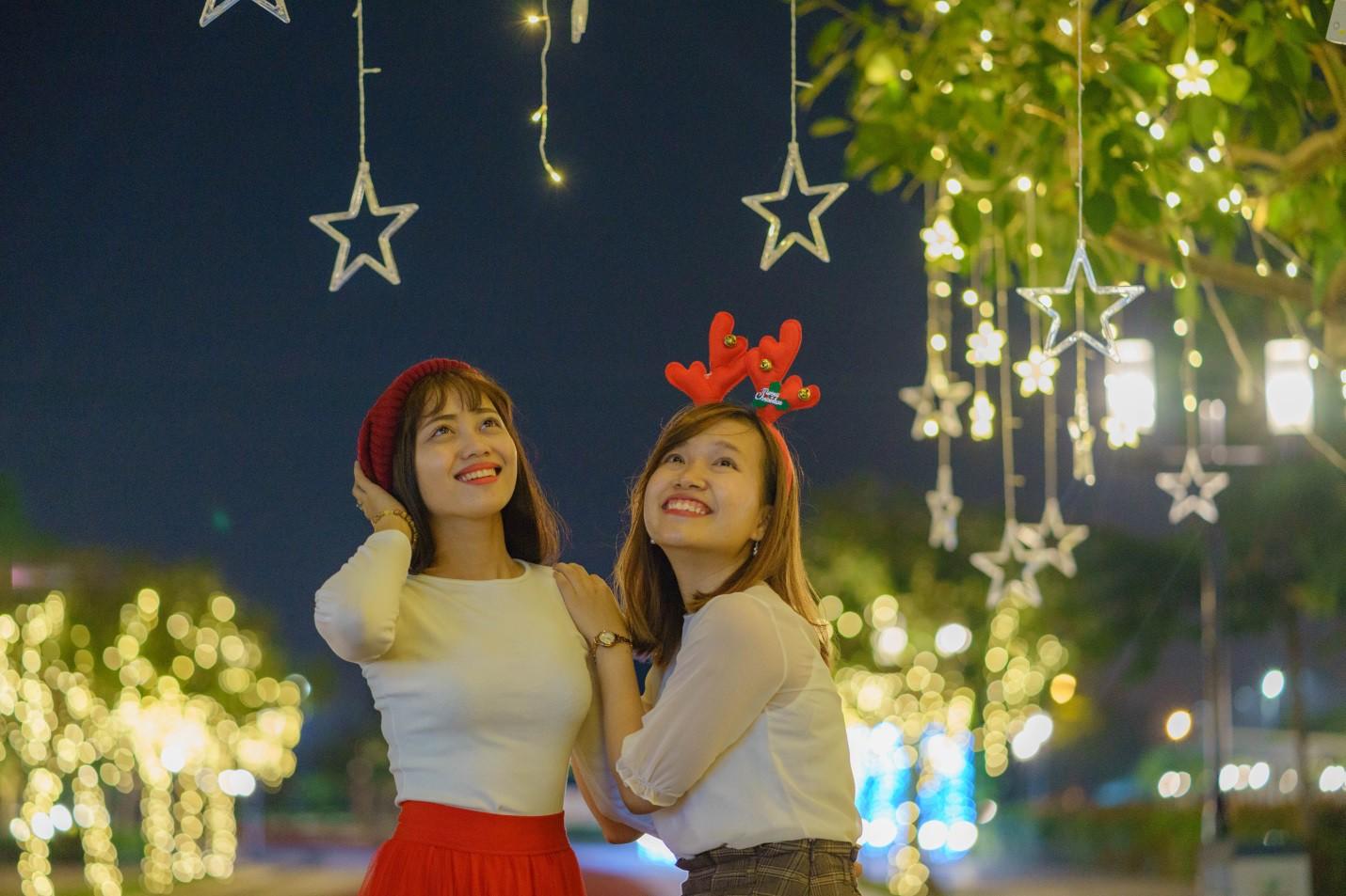 Một không khí Giáng sinh vô cùng sang chảnh dành cho cư dân tại công viên kiểu Nhật MIDORI PARK - Ảnh 3.