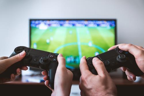 Có nên cho trẻ chơi video game? - Ảnh 4.